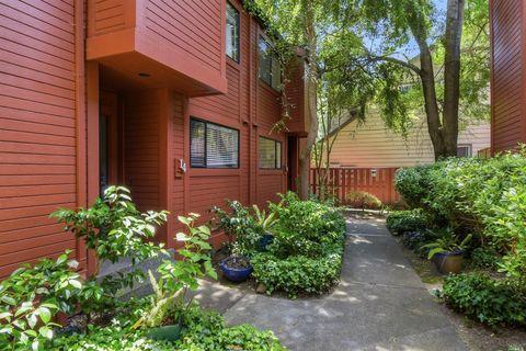 Photo of 1717 Novato Blvd Apt 14, Novato, CA 94947
