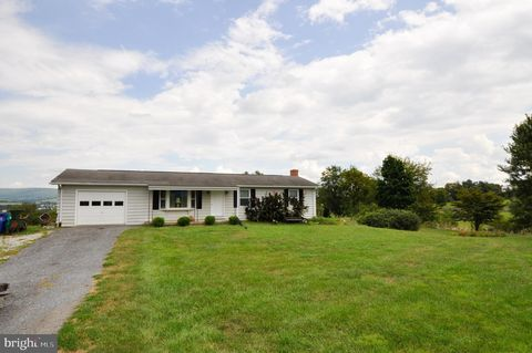 Photo of 7515 Picnic Woods Rd, Middletown, MD 21769