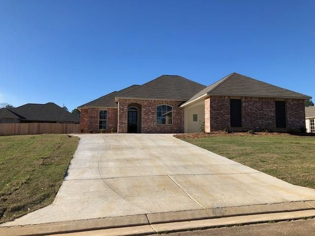116 Cypress Bend Blvd Terry, MS 39170
