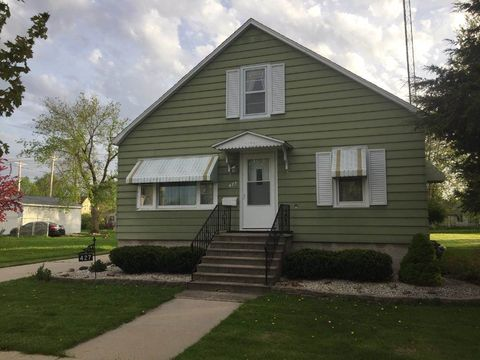 Photo of 427 Illinois Ave, North Fond du Lac, WI 54937