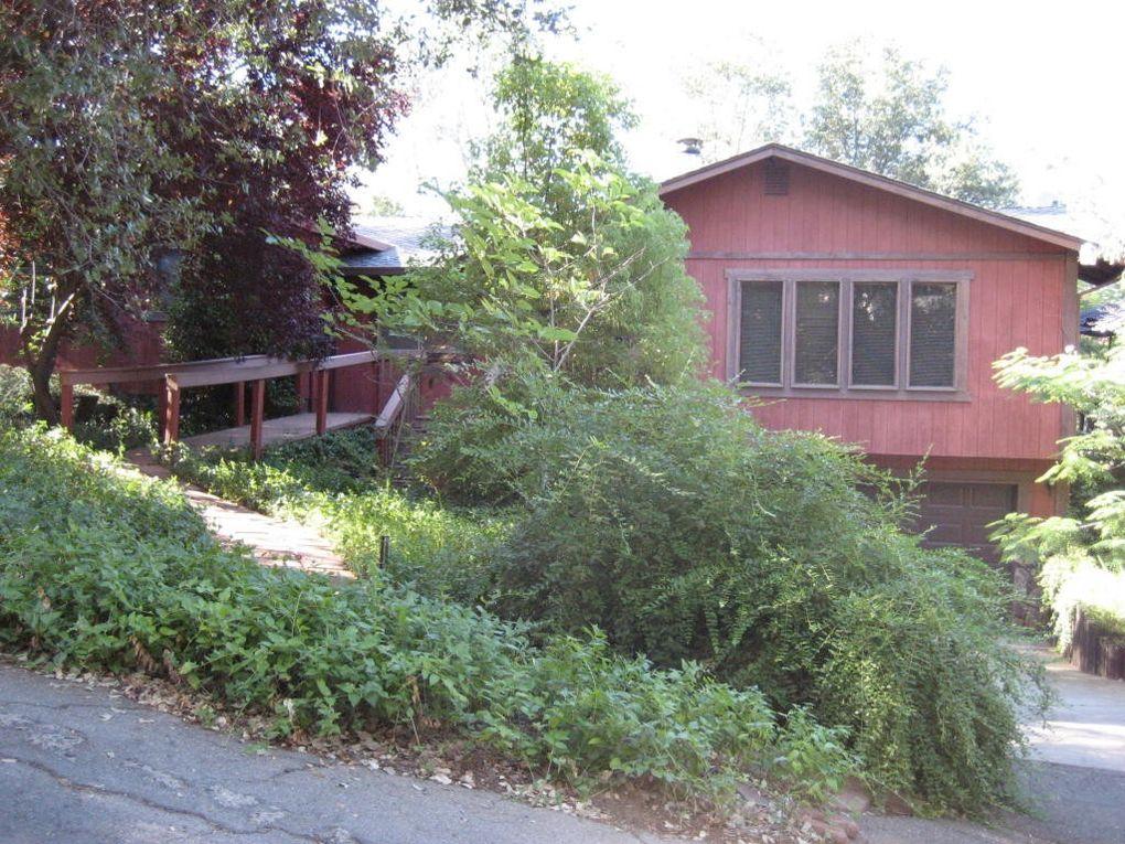 4147 Vallecito St, Shasta Lake, CA 96019