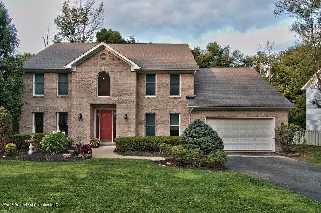 215 Marcaby Ln Clarks Summit, PA 18411