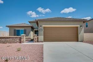 34177 S Bronco Dr, Red Rock, AZ 85145