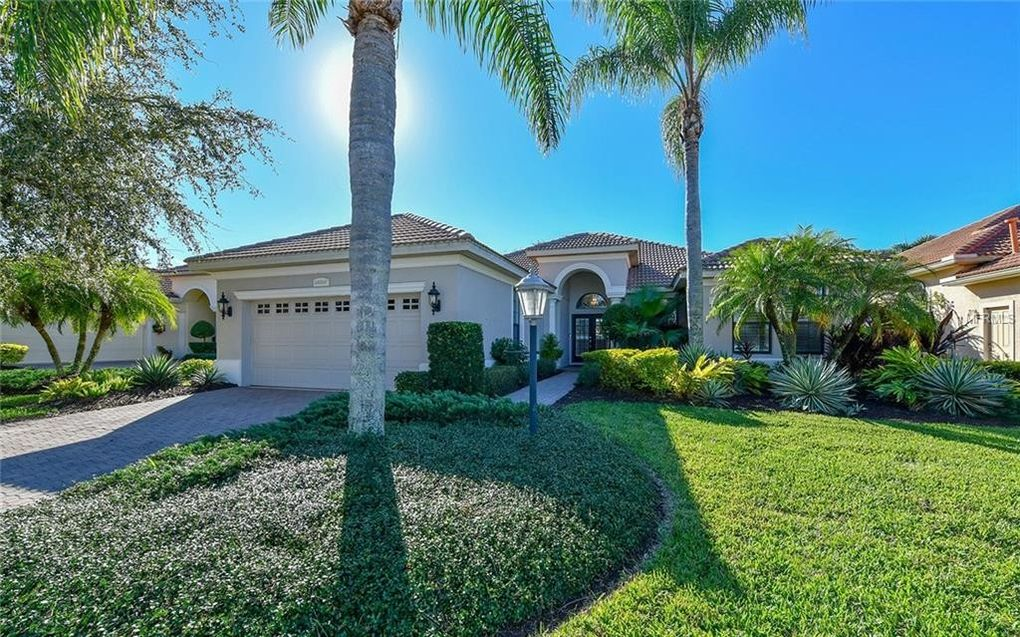 13828 Siena Loop, Lakewood Ranch, FL 34202