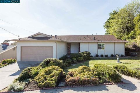 Photo of 884 Hawthorne Dr, Rodeo, CA 94572