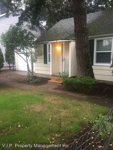 Photo of 751 E Hist Columbia River Hwy, Troutdale, OR 97060