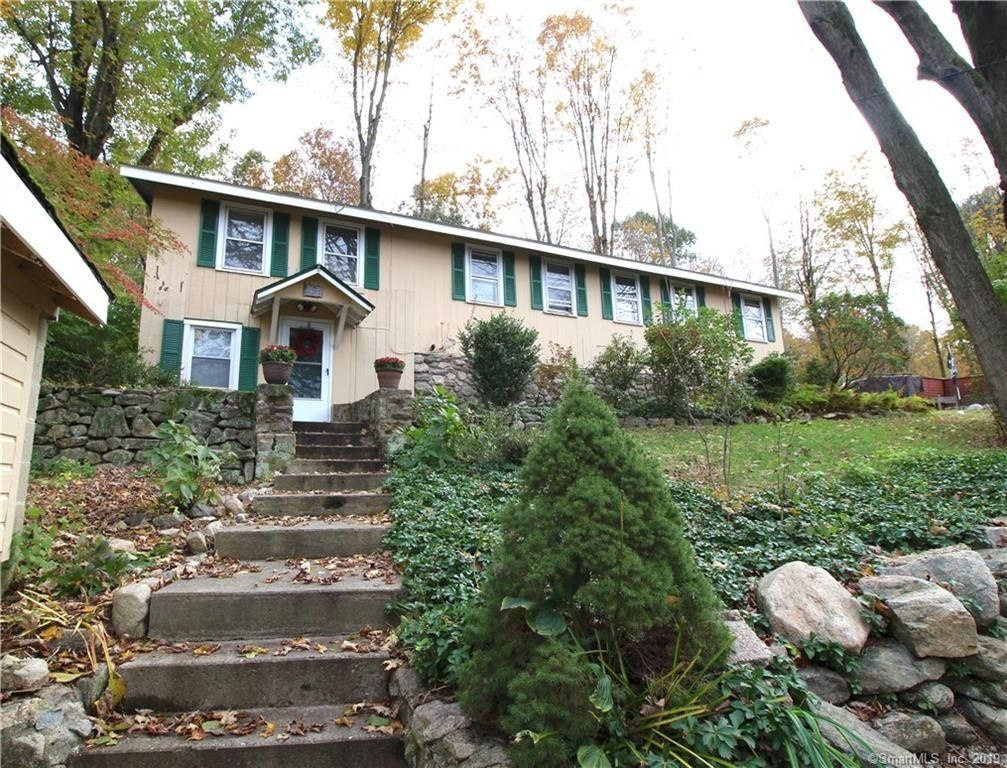 Local Stone Fireplaces In Hoyt Park >> 417 Hoyt St Darien Ct 06820 Home For Rent Realtor Com