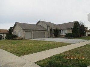5250 Deana Ln, Richton Park, IL 60471