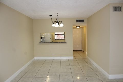 Photo Of 6832 Palmetto Cir S Apt 103 Boca Raton Fl 33433