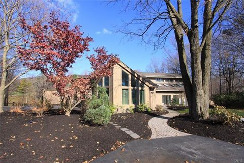 7013 Woodchuck Hill Rd, Fayetteville, NY 13066