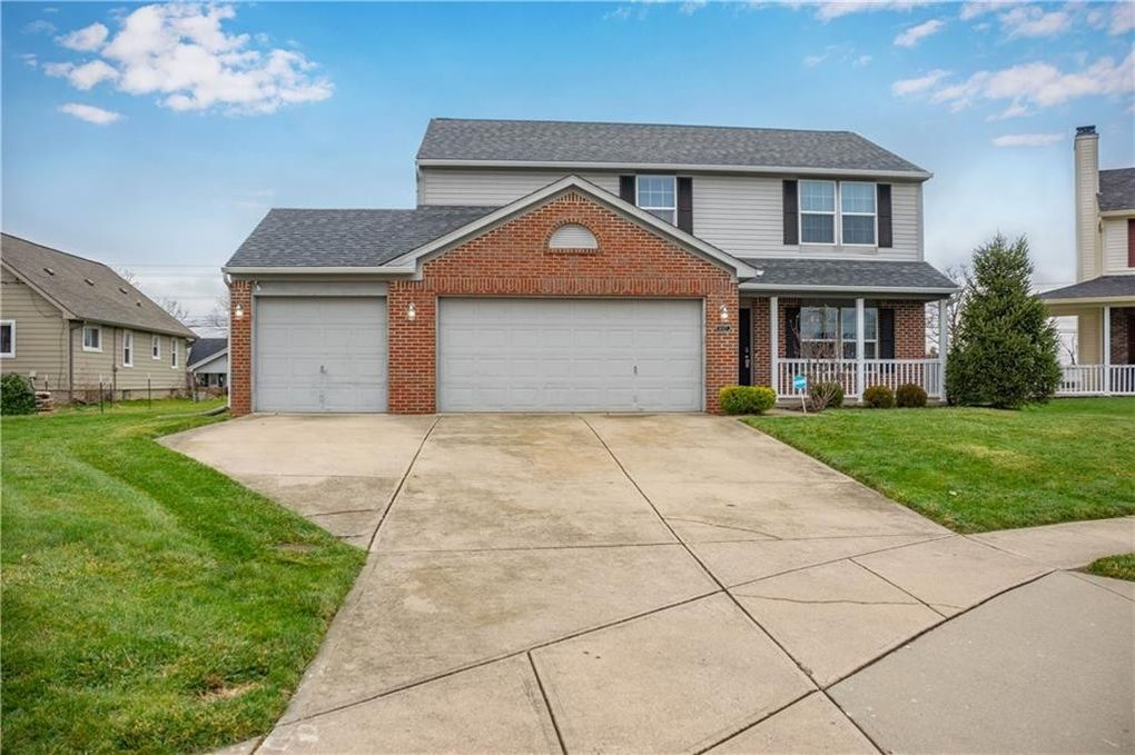 6027 Moonseed Cir, Indianapolis, IN 46203