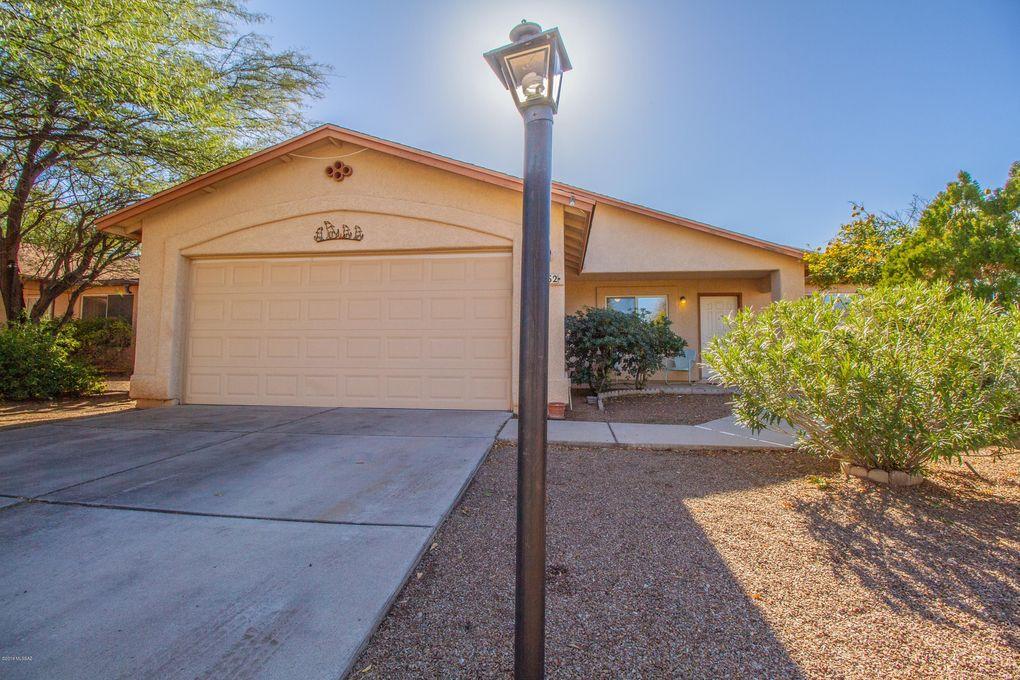 9962 E Depot Dr, Tucson, AZ 85747