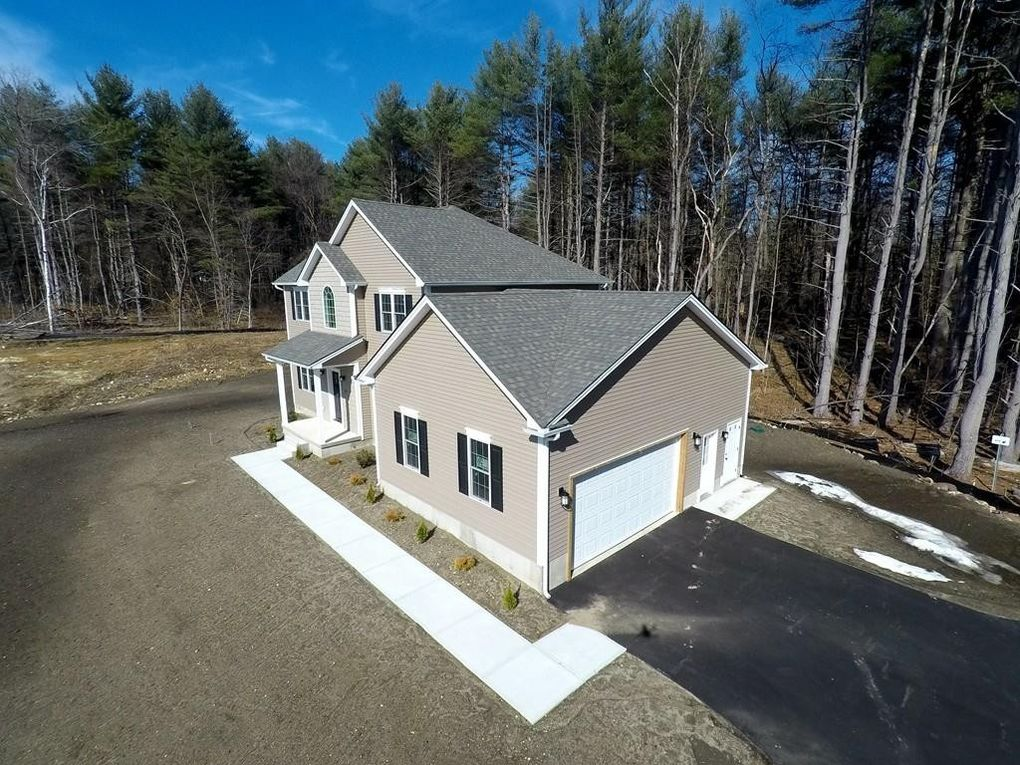 27 Angelica Dr, Westfield, MA 01085