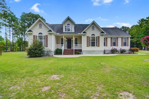 Photo of 1425 Sam Nexsen Rd, Summerton, SC 29148