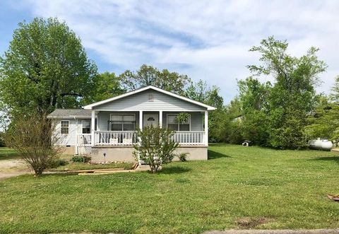 Photo of 107 Cedar Ln, Chattanooga, TN 37421