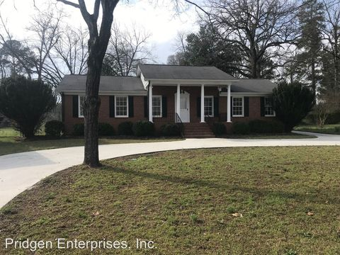 Photo of 548 Athens St, Hartwell, GA 30643