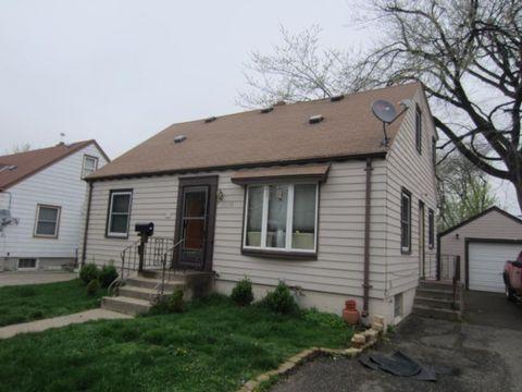 1074 Oakdale Ave, West Saint Paul, MN 55118