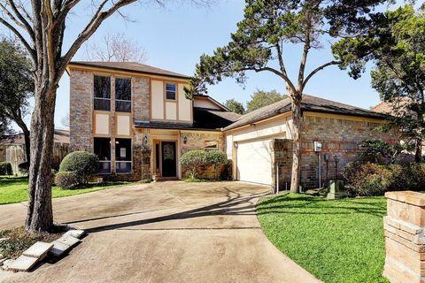 926 Fleetwood Place Dr, Houston, TX 77079