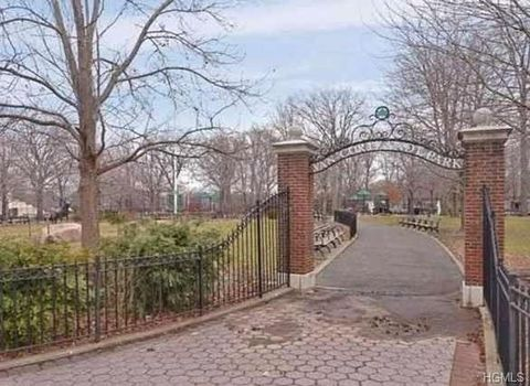 Photo of 180 Van Cortlandt Ave Unit 3 H, Bronx, NY 10463