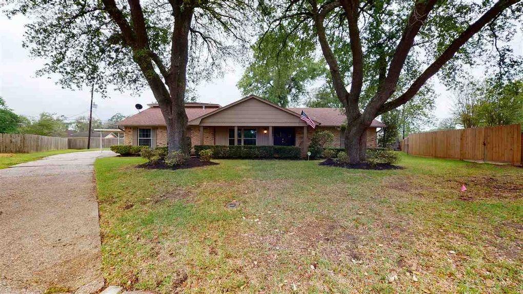 705 Randolph Cir Beaumont, TX 77706