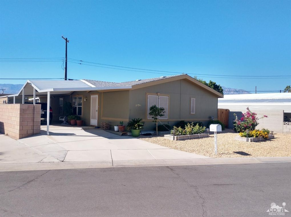32791 Bloomfield Ave Thousand Palms, CA 92276
