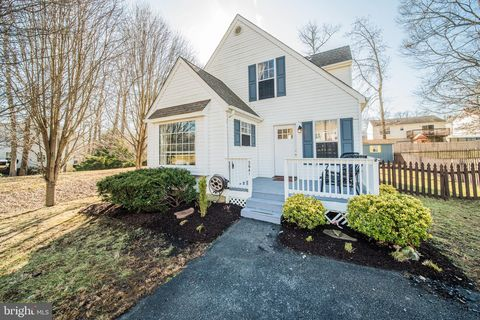 Photo of 3641 10th St, North Beach, MD 20714