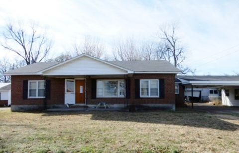 822 State Highway D, Caruthersville, MO 63830