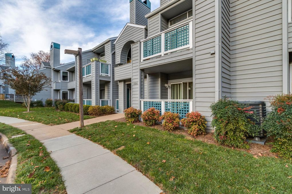 1508A Summerchase Ct Unit A Reston, VA 20194