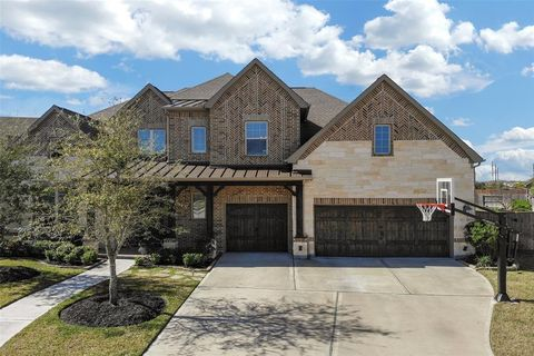 Photo of 10407 Lynn Manor Ct, Cypress, TX 77433