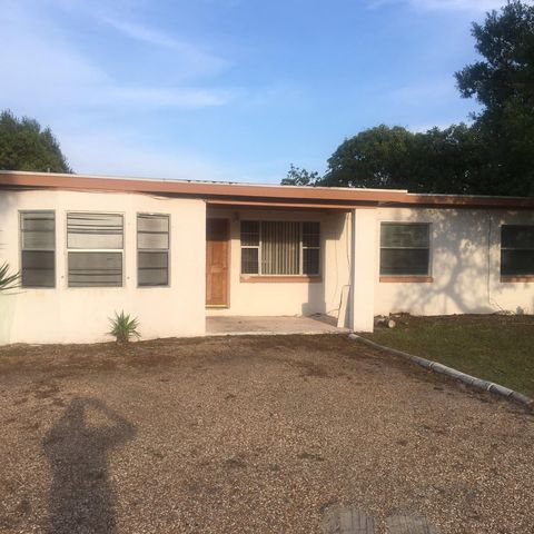 Photo of 1706 N 14th St, Fort Pierce, FL 34950