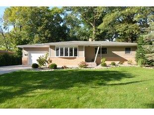 <div>14004 Evans Ln</div><div>Sturtevant, Wisconsin 53177</div>
