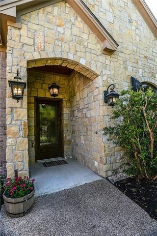 17959 Indian Lakes Dr, College Station, TX 77845