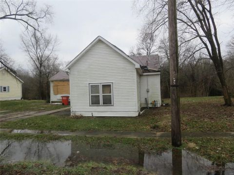 Photo of 504 E Main St, Mulberry Grove, IL 62262