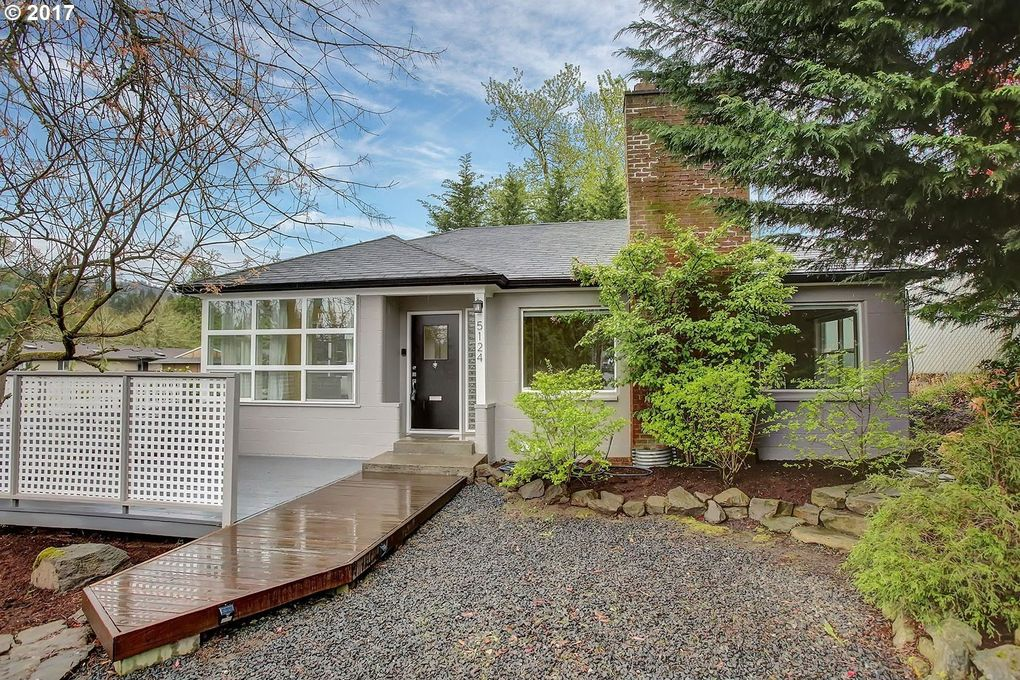 5124 Sw 45th Ave, Portland, OR 97221