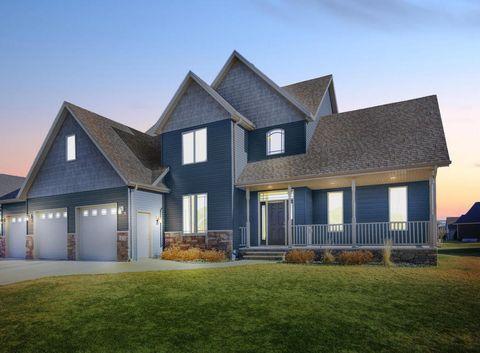 1474 Robert Cir  Grand Forks  ND 58201. Grand Forks  ND 5 Bedroom Homes for Sale   realtor com