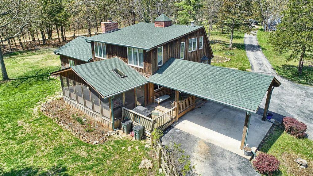 2456 Blue House Rd Rosebud, MO 63091