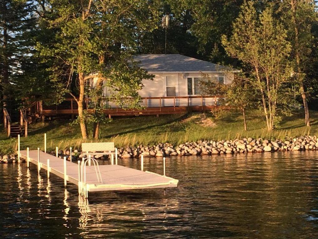 2236 Clark Gable Rd Detroit Lakes Mn 56501 Realtor Com 174