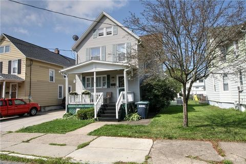 28 N Morrell Ave, Geneva, NY 14456