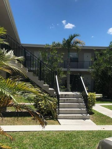 Photo of 1250 Old Boynton Rd Apt 320, Boynton Beach, FL 33426