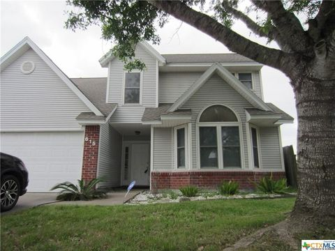 Photo of 615 Newhaven St, Victoria, TX 77904