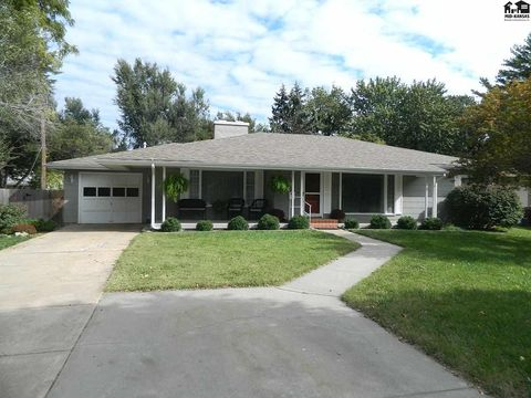 401 S Grand St, McPherson, KS 67460