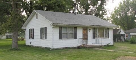 619 Bradley St, Higbee, MO 65257
