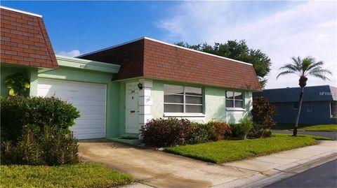 6987 Versailles N, Pinellas Park, FL 33781