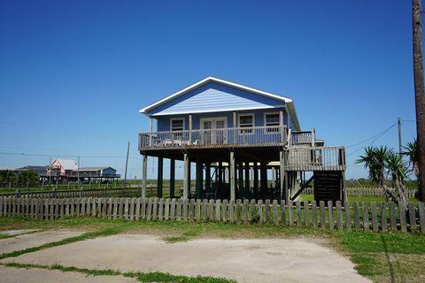 Photo of 105 Stanek Dr, Surfside Beach, TX 77541