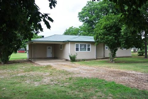 3781 County Road 631, Fisk, MO 63940