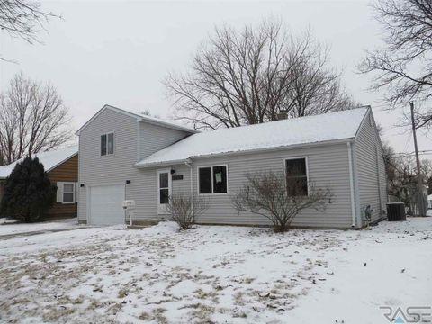 Photo of 3013 S Norton Ave, Sioux Falls, SD 57105