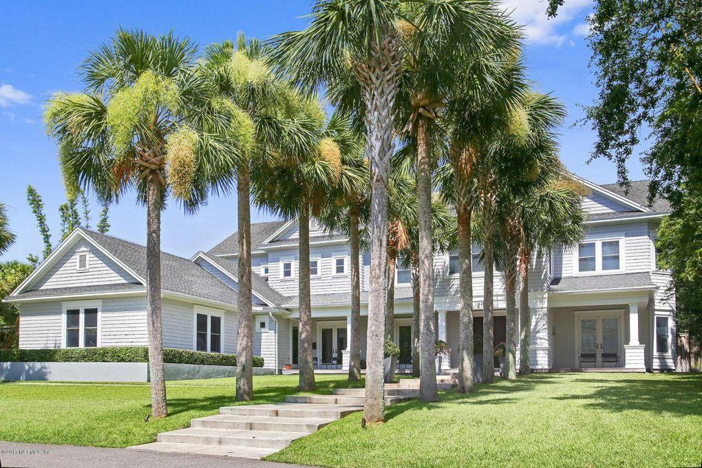1215 Selva Marina Cir Atlantic Beach, FL 32233