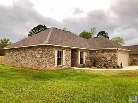Photo of 104 Chenoa Ave, Carthage, MS 39051