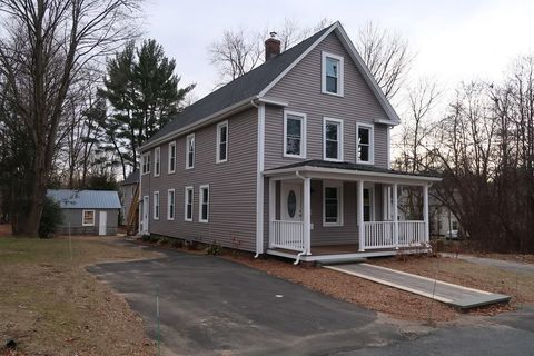 28 Water St, Easthampton, MA 01027
