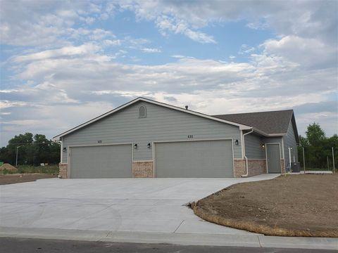 Photo of 634 N Grandstone St, Kechi, KS 67067
